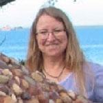 Volunteer Marge Reed